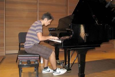 Francesco Parrino Youtube Pianist Media Gallery 3