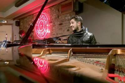 Francesco Parrino Youtube Pianist Media Gallery 8 The Spice of Life London
